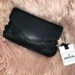 Depeche-Musta-nahkainen-pikkulaukku-tuotenro-14160_Laukut_36_1.jpeg