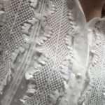 Derhy-Valkoinen-Koristeellinen-Kauluspaita_Paidat_272_1.jpeg