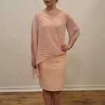 Fashion-New-York-Vaaleanpunainen-polvipituinen-juhlamekko_Juhla-asut_140_1.jpeg